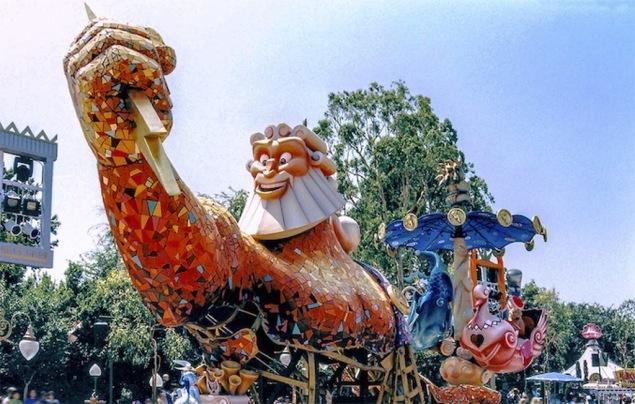 Disney-Parade-HercParade02