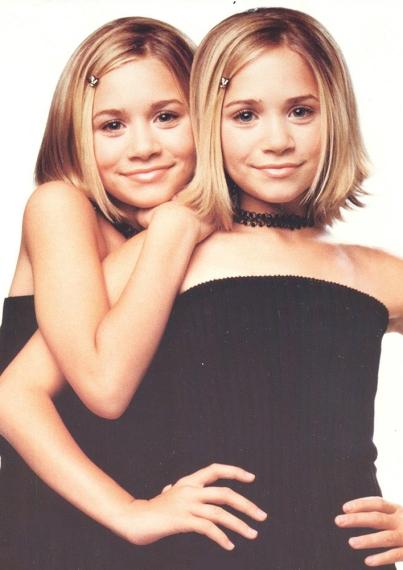 90s-trends-then-now-choker-mka
