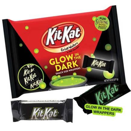 kit-kat-glow-in-dark-bars-9-8oz-bag-20-count-4