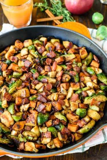 chicken-apple-sweet-potato-skillet-with-bacon-and-brussels-sprouts.-an-easy-healthy-one-pan-dinner-550x824