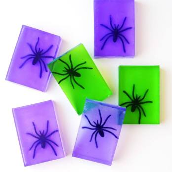 fun-spider-soap-halloween-craft-1024x1024
