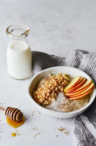 instant-whole30-apple-cinnamon-cereal-678x1024