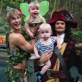 neil-patrick-harris-family-halloween-costumes