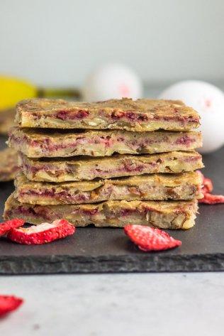 paleo-strawberry-banana-cereal-bars-
