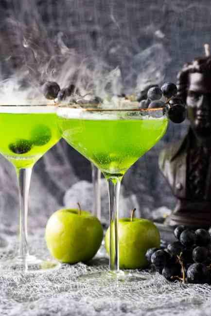 spooky-halloween-cocktail-3