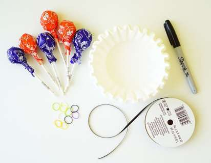 supplies-needed-to-make-ghost-lollipops