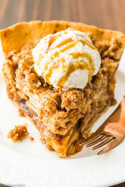 paleo-apple-pie-with-crumb-topping-gluten-free-grain-free-dairy-free-15
