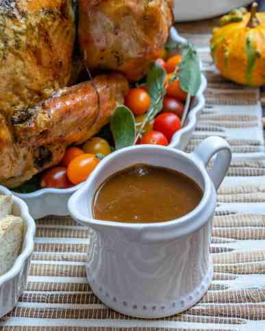 skinny-turkey-gravy-3