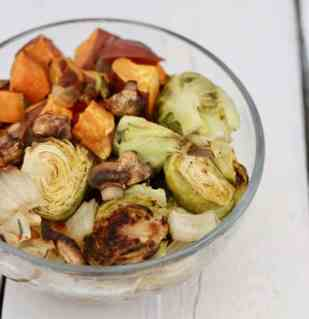 thanksgiving-roasted-vegetables-4-700x722